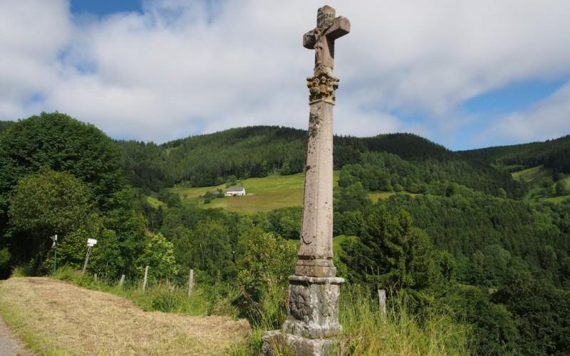 Calvaire sur le chemin de la chapelle