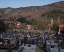 Temple et cimetière