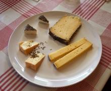 "Les fromages ""du coin"""