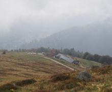 Arrivée brumeuse au dessus du Kastelberg